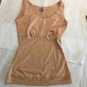 Spanx. Nude shape wear tank S.Medium